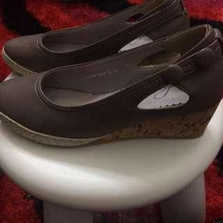 Sembonia Shoes