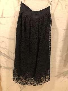 Lace 黑色半截中長裙