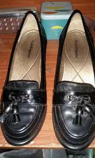 Black shoes Hush Puppies+Free shipping