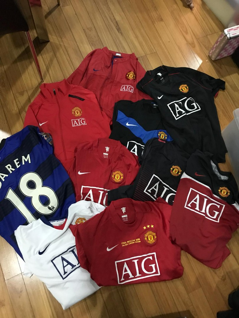 on sale 216f8 c23ac Aurhentic Manchester United Jersey and Jacket