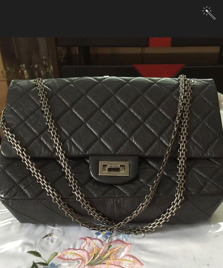 fc9c4fafcbd3 Authentic lambskin black quilted Chanel handbag. Comes with ...