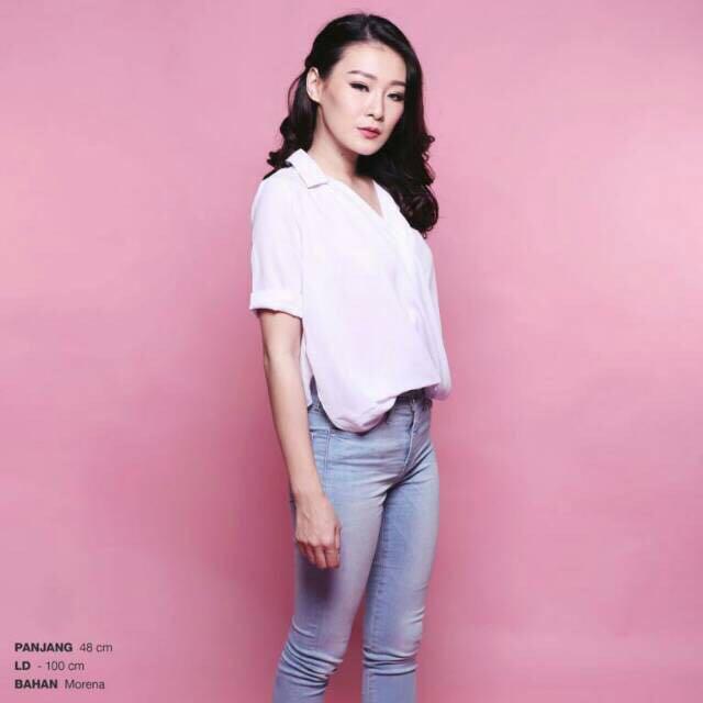 Baju Kemeja Wanita - Kemeja Putih - Blouse Putih, Fesyen Wanita, Pakaian Wanita, Atasan di Carousell