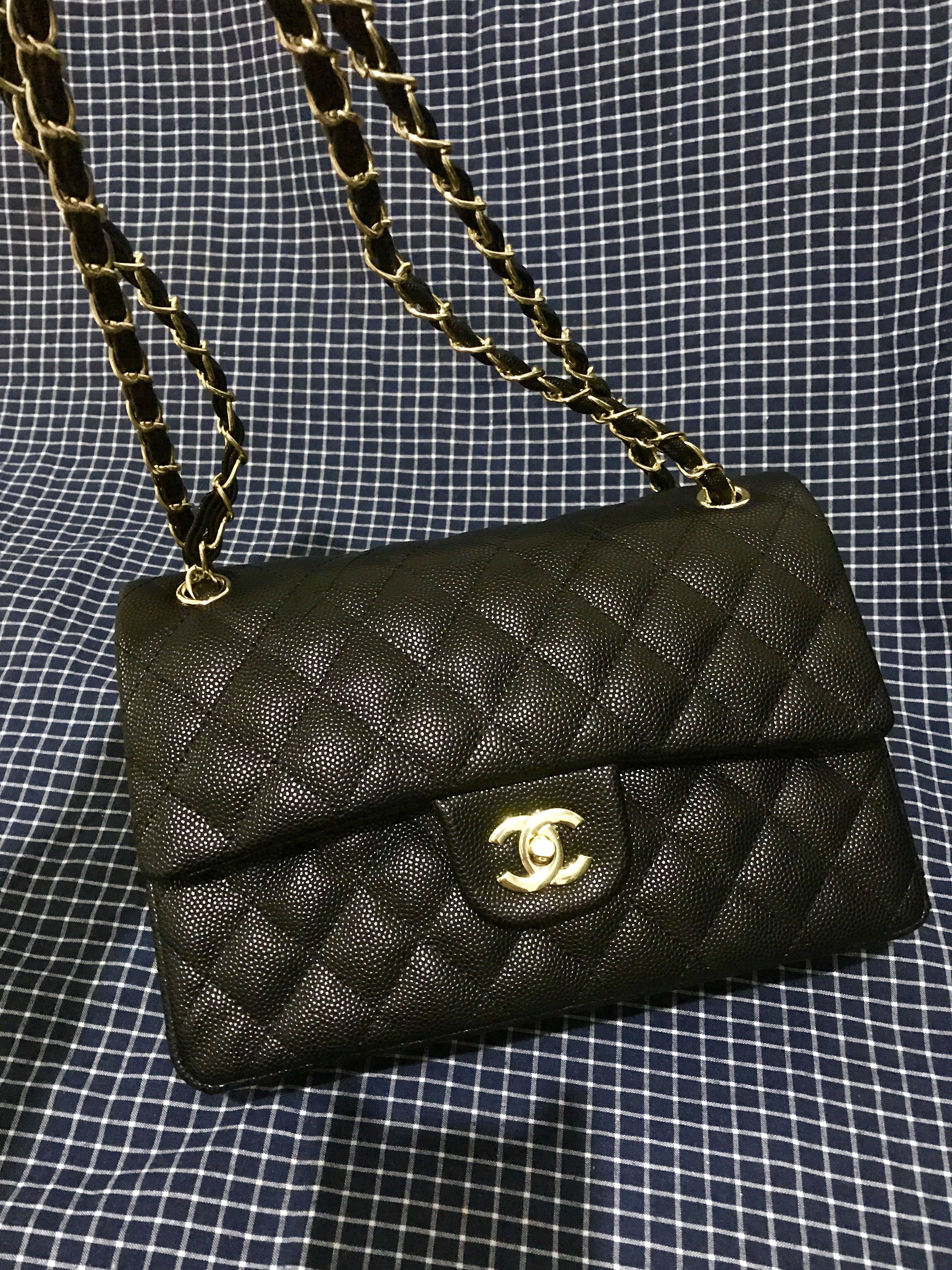 2afae38dedc4 Chanel Classic Flap in Black Caviar GHW (Replica)