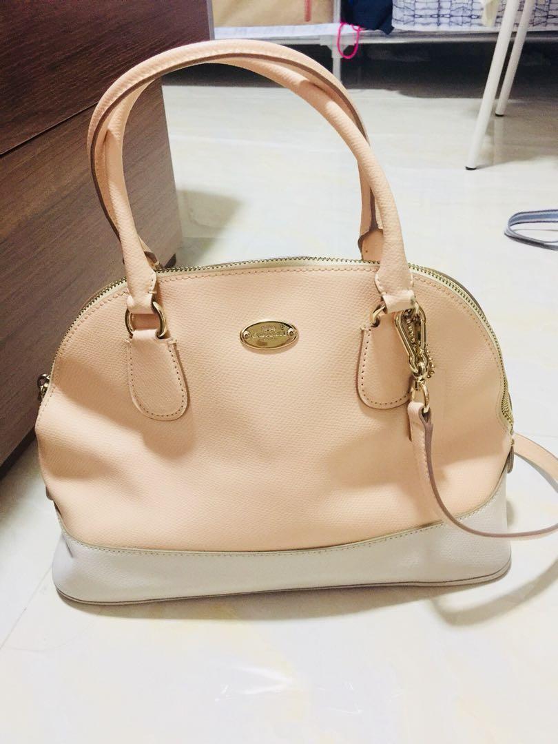 Coach粉色手袋 13f91502c8d57