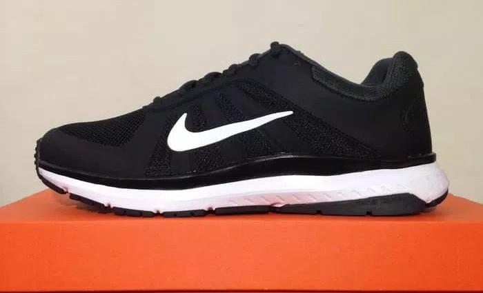 Nike Dart Msl Original BNIB 100 Fesyen Pria Sepatu Sneakers Di Carousell
