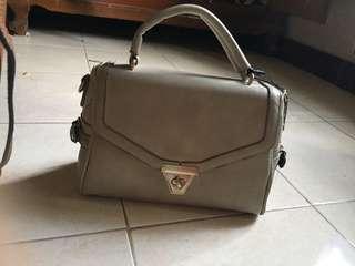 Preloved - Les femme light grey Bag