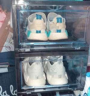 全新Y.A.S Cartes防塵抗uv鞋盒(不是賣鞋)