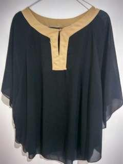 Blouse / Loose blouse / Black / Hitam