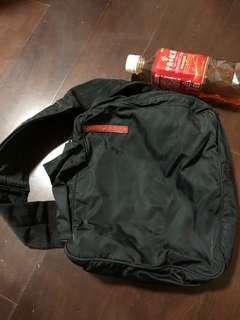 Prada 肩背包 小包 側背包