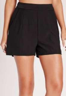 XL Black tailored high waist shorts