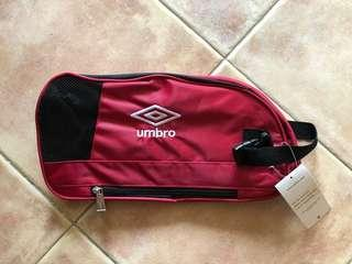 Umbro Red/Black Shoe Bag with side pocket compartment