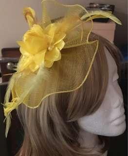Yellow hair fascinator