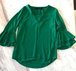 Zara jelly green size S frill sleeve top