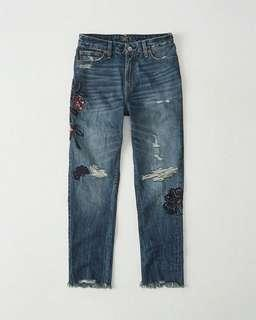 BNWT Abercrombie & Fitch Embroidered Jeans