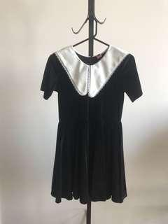 Vintage black velvet babydoll dress with collar