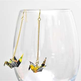 2-18 Beautiful Origami earrings paper crane black gold traditional Japanese gold