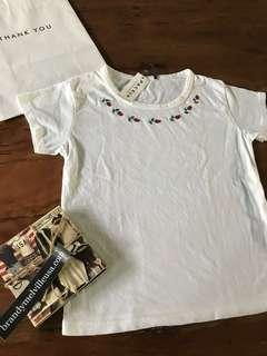 Brand New Authentic Brandy Melville Embroidered Roses Top