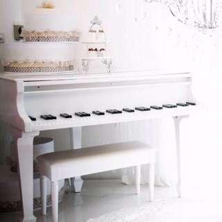 Prop Piano 道具鋼琴