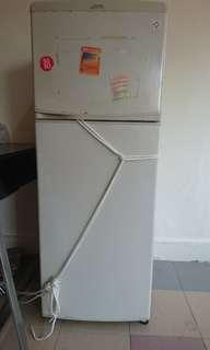 2nd hand Fridge for sale! Price lowered!