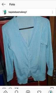 Cardigan baby blue