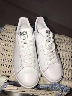 Stan Smith size 8 women's
