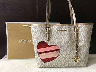 Brandnew Authentic Michael Kors Bag