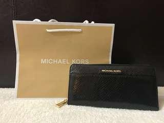 Brandnew Authentic Michael Kors Long Wallet