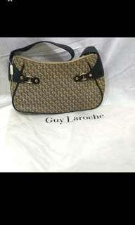Guy Laroche authentic - leather handbag