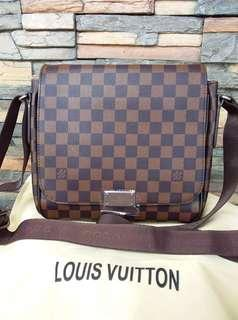 LV BAGS/ COACH /VICTORIA SECRET