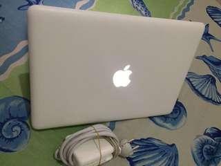 macbook white unibody 2010 core2duo mulus normal semua fungsi