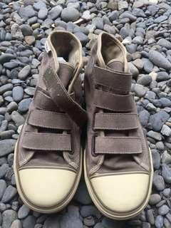 Sepatu vans straps