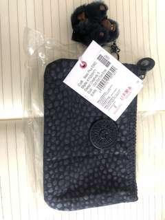 Kipling clutches - Basic plus EWO(Dot Dot Dot Emb)