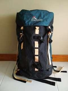 Macpac Pursuit Apline Pack 40L