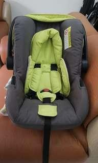 Good Baby Car seat good as new