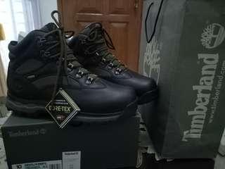 Sepatu gunung timberland goretex