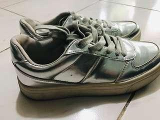 H&M Silver rubbershoes