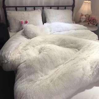 Cloud faux bedsheet