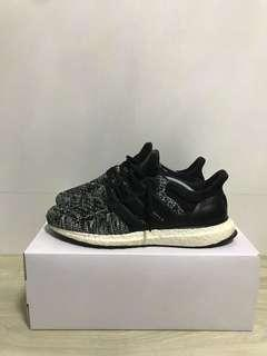 Ultra Boost Reigning Champ 1.0