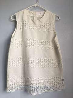 Bayo white lace top