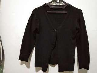 Cardigan hitam