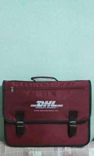 DHL 公事包