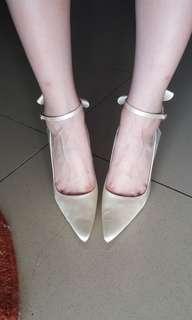 Emilio valentino light gold heels