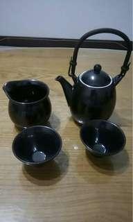 全新全套茶具  瓷器材質