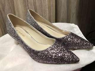閃石高跟鞋 婚後物資