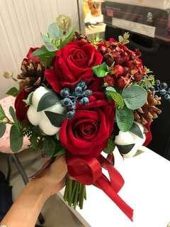 紅色花球 婚後物資