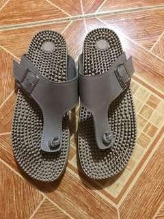 Slippers Size 7
