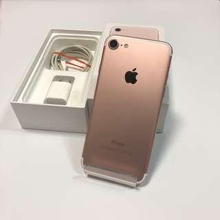 iPhone 7 32g pink with charge no headphones