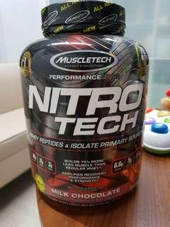 *Free delivery* Nitro Tech Whey Protein 4 lb Milk Chocolate