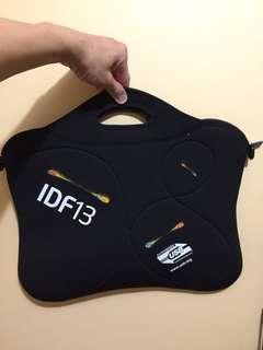 IDF 2013 laptop sleeve and bag