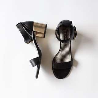 Senso Black Sandal